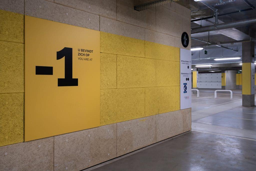 Post X - Wayfinding / signalisatie panelen parking