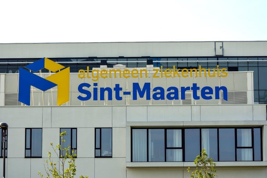 Sign & Display - Bewegwijzeringssysteem voor Sint-Maarten