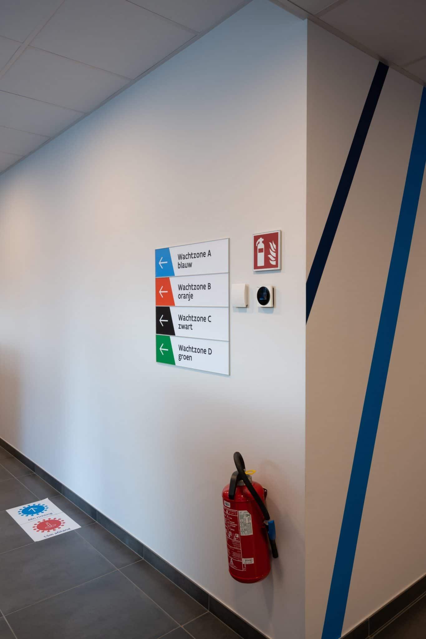Sign & Display realisatie: VDAB Aalst
